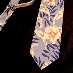 Tommy Bahama floral necktie